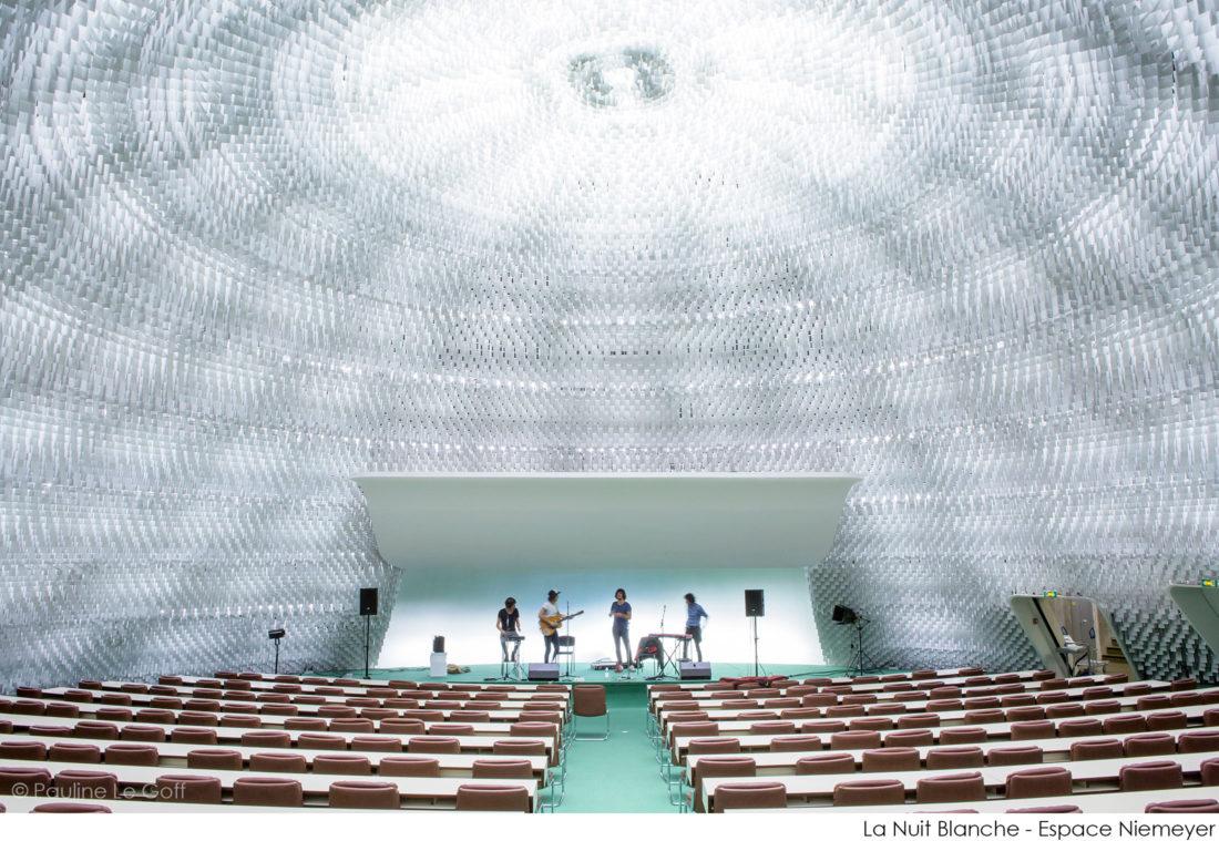 Gush - Espace Niemeyer © Pauline Le Goff
